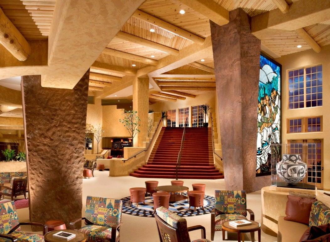 Direct Flights from Phoenix to Santa Fe Celebrated by Hilton Santa Fe Buffalo Thunder
