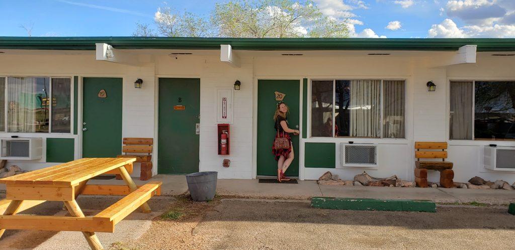 Charlotte-unlocking motel door at Grand Canyon Caverns Inn