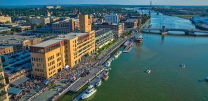 8 Best Things to do in Green Bay WI & Green Bay WI Attractions