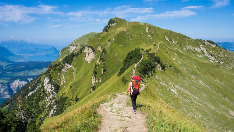 Your Buying Guide to the Best Hiking Backpacks